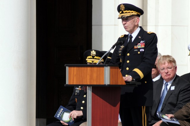 Vietnam helicopter pilots, crewmembers memorialized in Arlington National Cemetery
