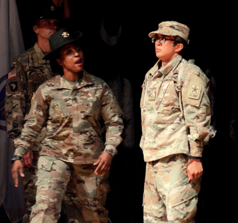 e7557f512170d NCOs don new campaign hats