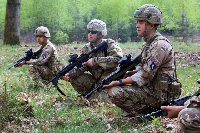 US, British Army Signal Soldiers exercise technical, tactical interoperability at Stoney Run