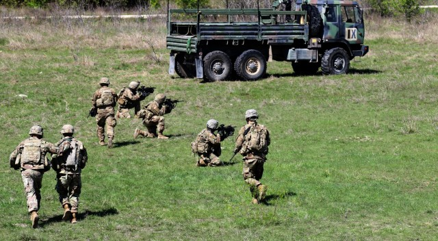 3rd Cavalry Regiment troopers conduct guardian angel training, enhance readiness