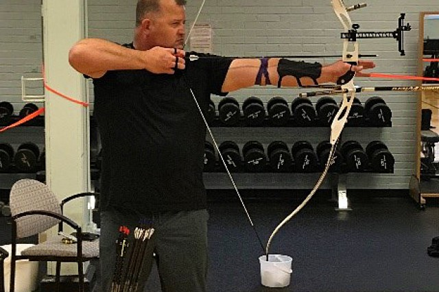 Sgt. 1st Class Daniel Foiles, trains for the 2018 Department of Defense Warrior Games.