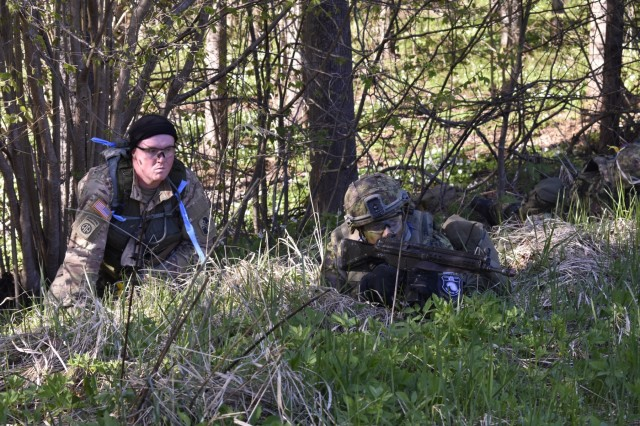 Estonian Defense Force personnel from 2nd brigade conduct recon and react to contact missions May 6th during Exercise Hedgehog in Southern Estonia. Soldiers from the Md. Guard 629th Expeditionary Military Intelligence Battalion worked as observers and controllers for the EDF.  Photos By Maj. Kurt M. Rauschenberg, 58th EMIB Public Affairs Officer.