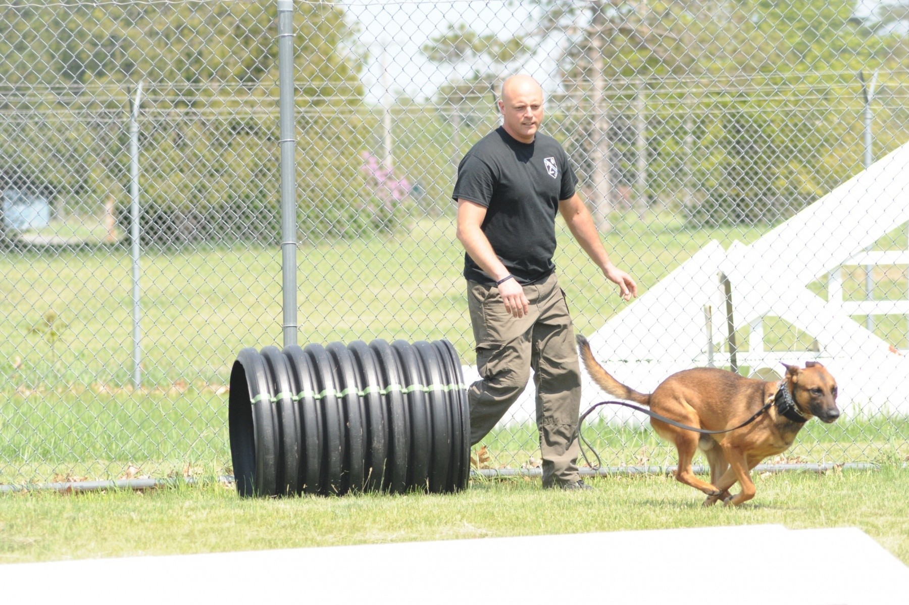 Fort Drum MPs host law enforcement working dog team