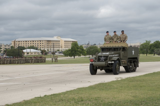 13th ESC Welcomes New Commanding General