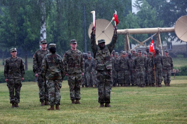 New commander takes charge of Army Europe's expeditionary signal battalion