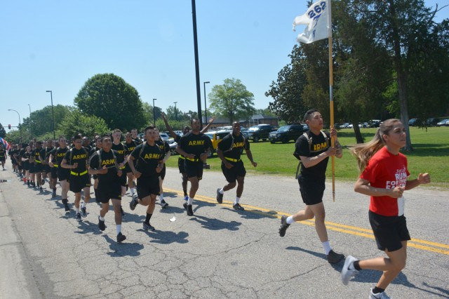 Troops from Bravo Company, 266th Quartermaster Battalion, begin their run at Fort Lee's annual eighth annual Run for the Fallen near Williams Stadium May 12. The entire brigade, along with many others from the community, came out to honor fallen military members. (Photo by Amy Perry, Fort Lee Public Affairs)