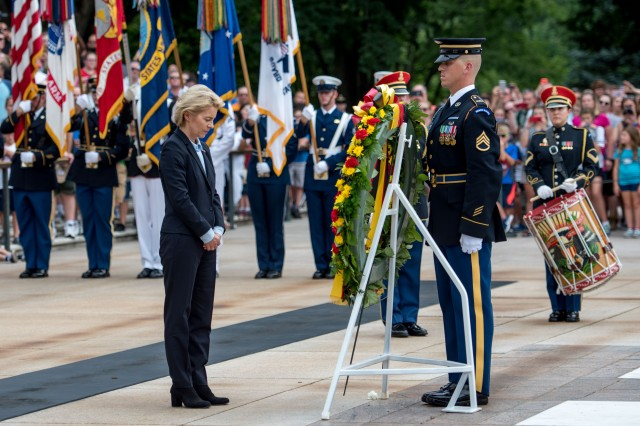 German Minister of Defence Ursula von der Leyen participates in an Armed Forces Full Honors Wreath-laying ceremony at the Tomb of the Unknown Soldier, Arlington National Cemetery, Va. June 20, 2018. The ceremony was hosted by Maj. Gen. Michael Howard, commanding general, U.S. Army Military District of Washington. (U.S. Army photo by Sgt. Nicholas T. Holmes)