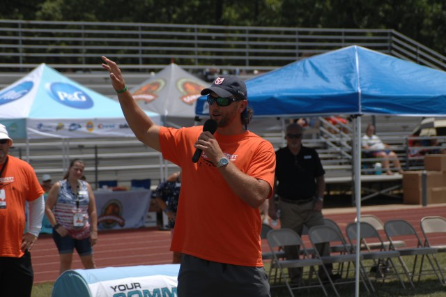 Cincinnatti Bengals tight end Tyler Eifert talks to attendees during the ProCamps football camp Monday at Gerlach Field.