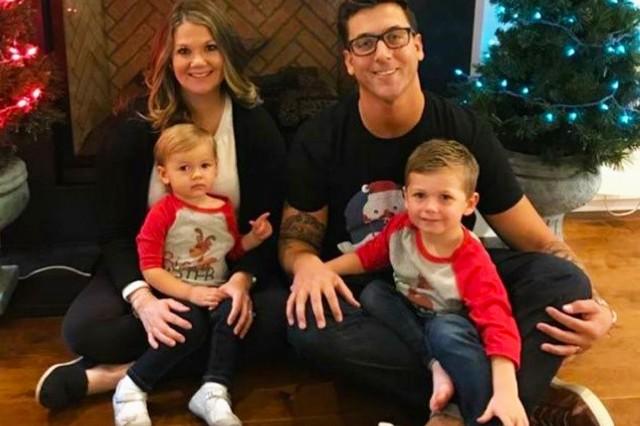 The Mills Family December 2017. (Photo courtesy Linda Mills)