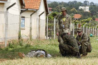 Uganda & US Soldiers train to counter IEDS