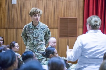 Army Surgeon General visits Tripler, talks about readiness, health care, and the future