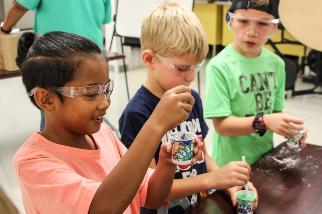 SAC campers learn about chemical reactions by making sherbet, a fizzy, effervescent candy.