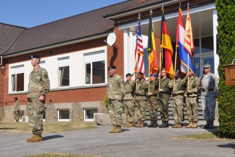 """Benelux commander starts """"traveling and listening tour"""""""