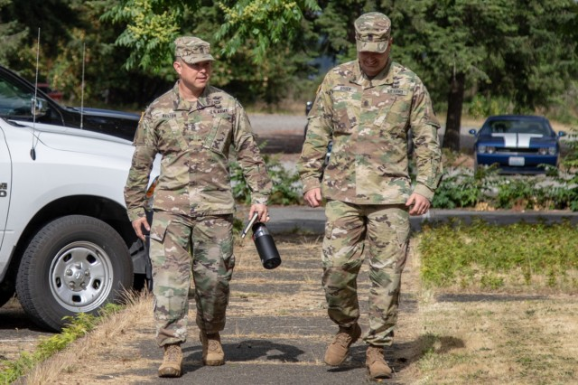 Command Sgt. Maj. Stephen Helton, 7th Infantry Division Command Sergeant Major, visits the 16th Combat Aviation Brigade Raptor Resiliency Center, at Joint Base Lewis-McChord, Wash., June 26, 2018. Staff Sgt. Vanessa Alvarado, 16th CAB Religous Affairs NCO, gave Helton a tour of the Raptor Resiliency Center and informed him of the services provided in the facility. She also received an excellence coin from Helton. Afterwards, Helton spoke with the Senior Non-Commissioned Officers in leadership positions within the brigade for their professional development. (U.S. Army photos by Staff Sgt. Maricris C. McLane)