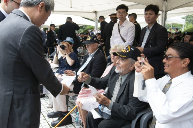 Veterans reflect on first battle of Korean War; receive honors from city they protected