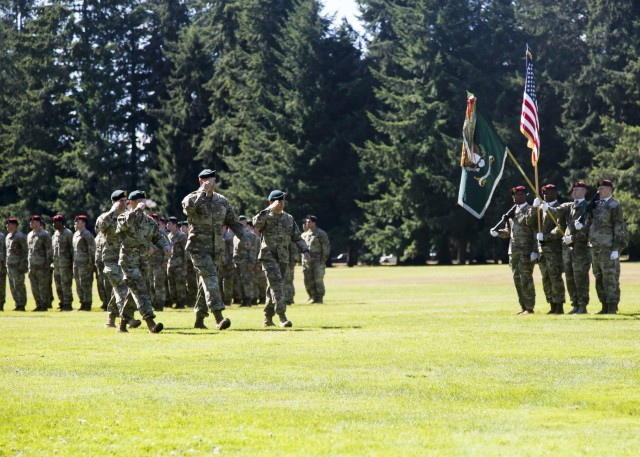 Ray Returns to Assume Command of 1st SFG (A)