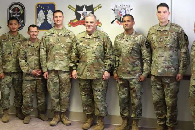 Gen. Mark Milley, Army Chief of Staff (center), poses with the winners and Command Teams of 7th Infantry Division's Best Warrior Competition during his visit to Joint Base Lewis-McChord, Wash., July 23, 2018. The Soldiers were recognized by Milley for their performance during the 2018 Bayonet Division Best Warrior Competition. (U.S. Army photo by Staff Sgt. Michael Armstrong, 7th Infantry Division)