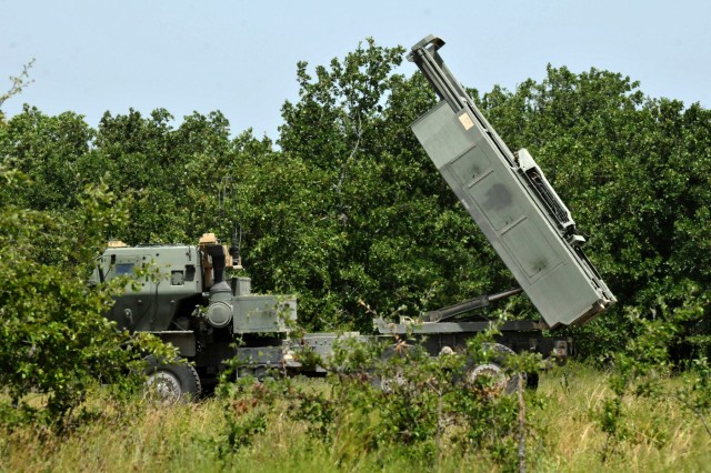 Soldiers with the 4th Battalion of the 133rd Field Artillery Regiment rehearse launching operations with a M142 High Mobility Artillery Rocket System at Fort Hood, Texas, July 16, 2018.