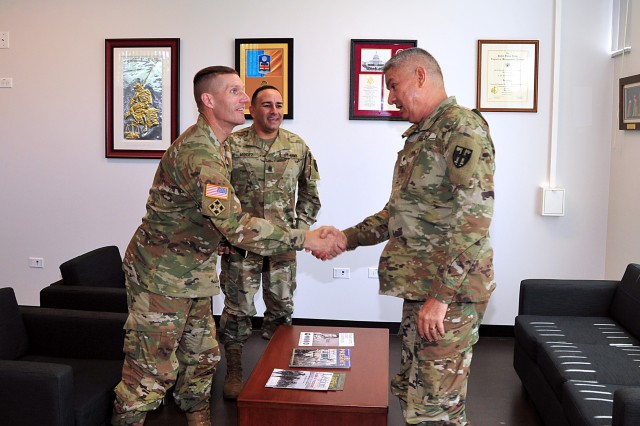 The Adjutant General of Puerto Rico, Brig. Gen. Isabelo Rivera, received the visit of the Sgt. Major of the Army, Daniel A. Dailey, who visited the Island for the first time, July 31. Dailey, who is the 15th SMA, arrived to Puerto Rico after coordination with the National Guard; and the focus of his visit was to offer support for any needs that the PRNG may have.