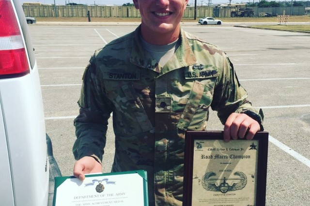 Local Cadet Graduates With Distinction From Us Army Air Assault