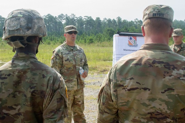 63rd Expeditionary Signal Battalion Soldiers Learn Tactical Maintenance Techniques