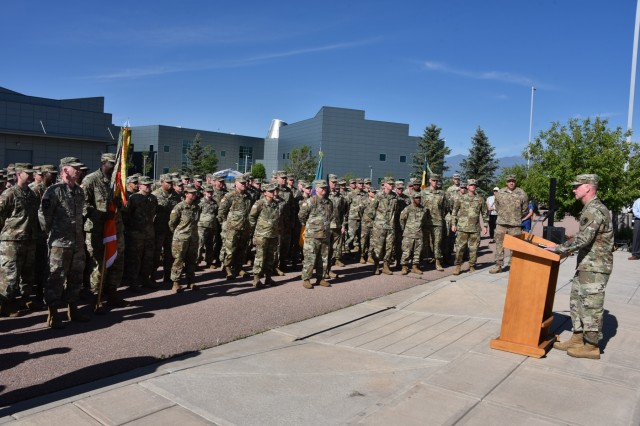Brig. Gen. Tim Lawson, deputy commanding general for operations, U.S. Army Space and Missile Defense Command/Army Forces Strategic Command, speaks to Soldiers during a safety event.