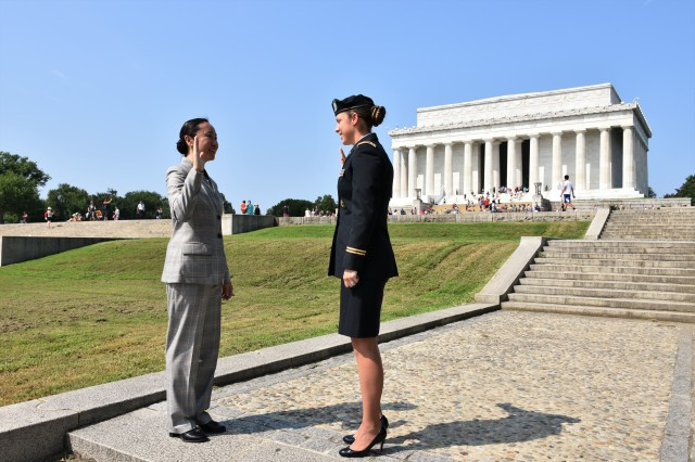 US Army Doctor Swears In on Steps of Lincoln Memorial