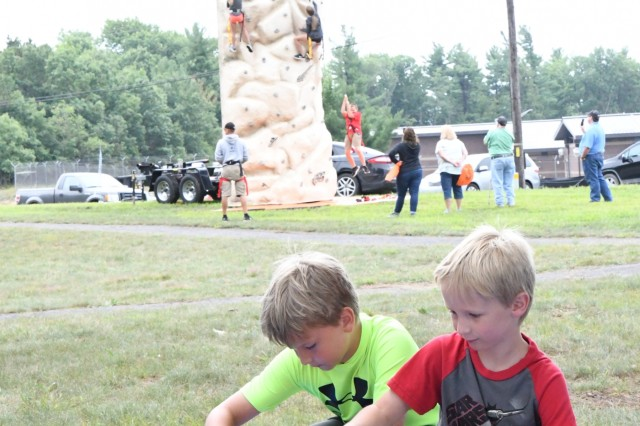 Fort Drum's Outdoor Adventure Day is all about respecting, protecting and enjoying everything the environment has to offer, and more than 850 community members got closer to nature Aug. 18 during the sixth annual event. Hosted by the Fort Drum Natural Resources Branch and Cornell Cooperative Extension of Jefferson County, the day featured more than 35 different stations where attendees could participate in hands-on activities or view live demonstrations. (Photo by Mike Strasser, Fort Drum Garrison Public Affairs)