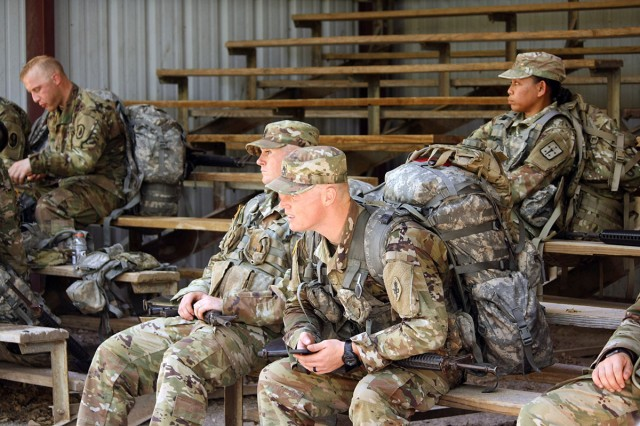 TRADOC Drill Sergeant of the Year competitors wait their turn to begin the Confidence Obstacle Course Aug. 27, 2018, at Fort Sill, Oklahoma. Eleven drill sergeants, including Army Reserve Soldiers, competed.