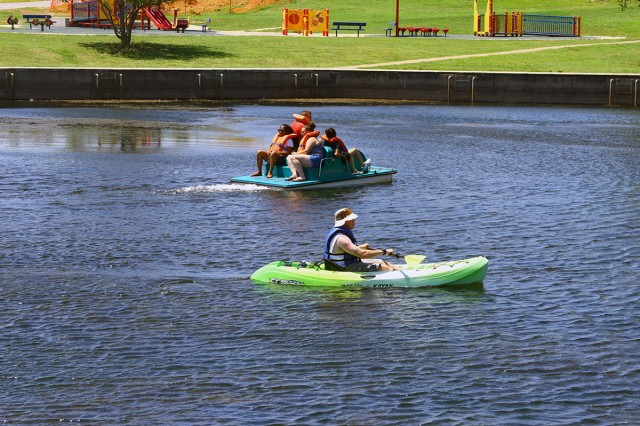 Single service members take advantage of the free  watercraft activities during the BOSS Single Soldier Day Aug. 24, 2018, at Fort Sill. Over 200 service members and their guests participated.