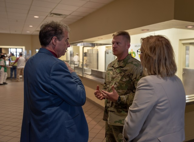 Fuel the Force: Nutrition experts visit Fort Hood