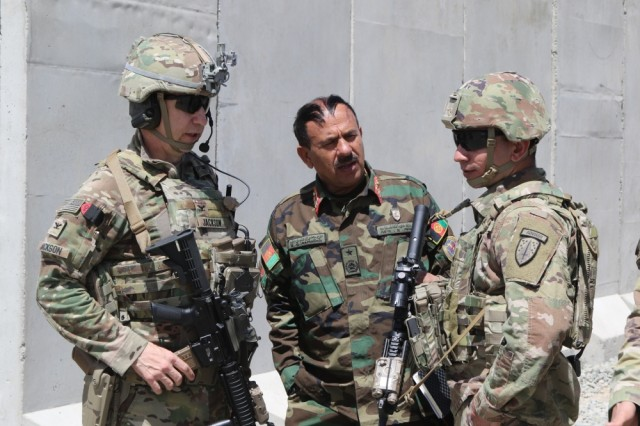 Advisors prepare for expeditionary advising mission