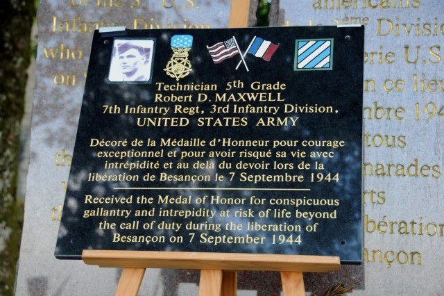 A plaque honoring the oldest living Medal of Honor recipient, Robert D. Maxwell, was unveiled during a ceremony on Sept. 7, 2018 at Besancon, France. Robert courageously leapt on top of a grenade to save fellow Soldiers in the command observation post where they had been fighting. (U.S. Army photo by Sgt. Benjamin Northcutt, 21st Theater Sustainment Command) #FirstInSupport #StrongEurope
