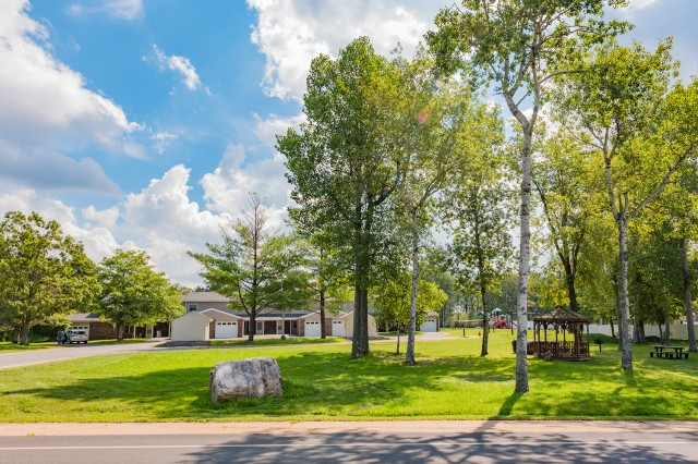 Tobyhanna Pines residents live within walking distance to depot amenities such as the child development center, commissary and fitness center.