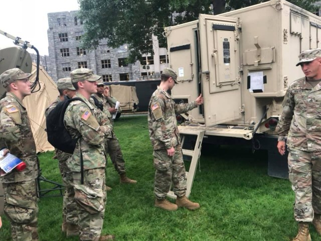Lion Brigade Soldiers enlighten West Point Cadets on Army Signal