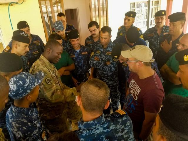 Steel First Responder Teaches Iraqis Medical Response