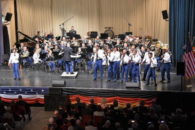 The U.S. Army Europe Band and Chorus, joined by members of the U.S. Air Forces in Europe Band and Heeresmusikkorps Koblenz, perform at the fifth annual German American Friendship Concert at the Fruchthalle in Kaiserslautern, Germany, Oct. 3.