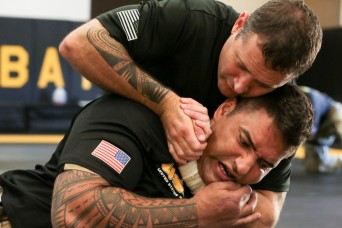 First Americans graduate German army infantry combatives course