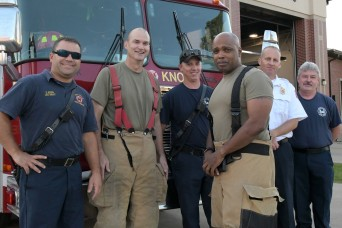 PHOTOS: Fort Knox garrison command team feels the heat during airfield firefighting training