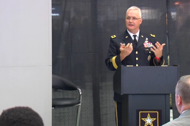 Maj. Gen. Paul Pardew, commander of Army Contracting Command, outlines the role contracting plays in readiness and modernization. He spoke during a Warriors Corner presentation at the Association of the United States Army Annual Meeting on Oct. 9, 2018. (Courtesy photo)