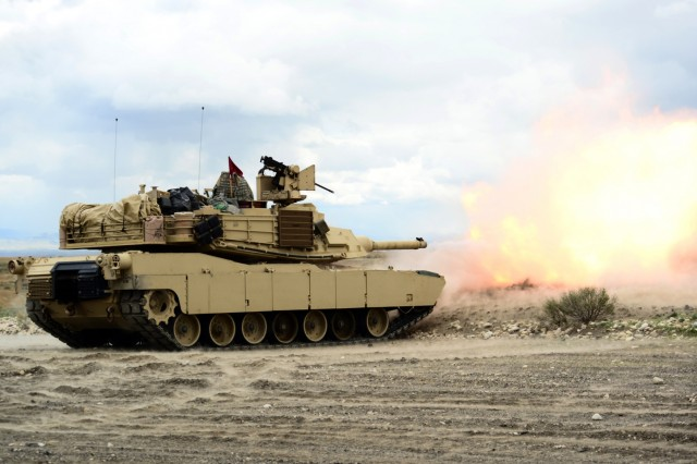 Oregon Army National Guard Soldiers with 3rd Battalion, 116th Cavalry Regiment, conduct live-fire gunnery training with M1A2 SEP V2 Abrams main battle tanks, April 17, 2018, at the Orchard Combat Training Center near Boise, Idaho.