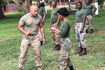 New York Guard, South African MPs conduct exchange training