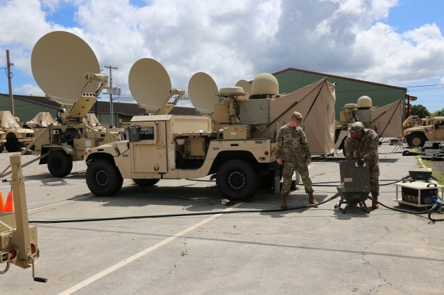 Soldiers from the 3rd Brigade Combat Team, 25th Infantry Division train on Tactical Communication Node-Lites (center vehicle) at Schofield Barracks, Hawaii, on Sept. 3, 2018.