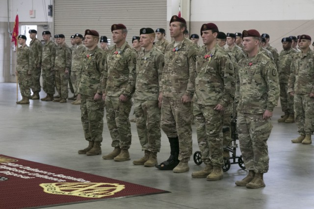 28th EOD Soldiers Honored in Awards Ceremony