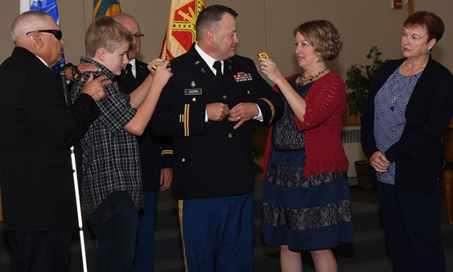 Lester family pins lieutenant colonel rank to Dugway Chaplain