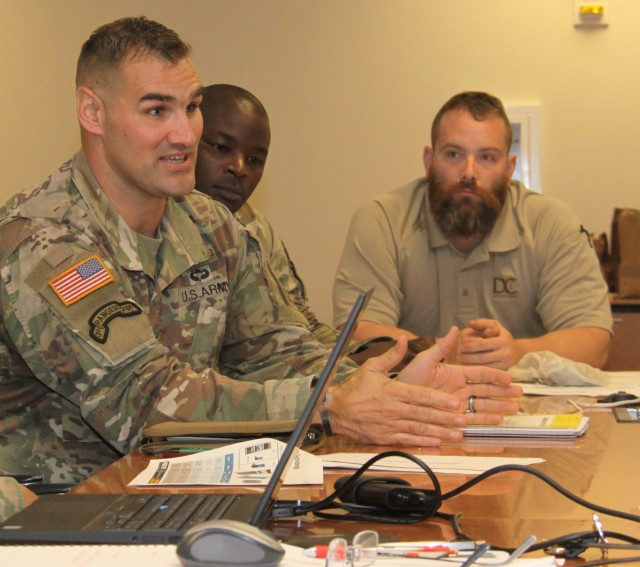 Soldiers look to future of Army's improved tactical server