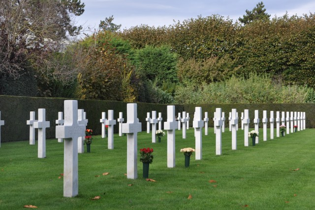 A ceremony in Flanders Field pays tribute to the 368 American Soldiers who died in Belgium during World War I.