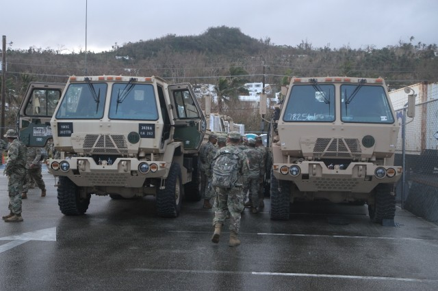 Army Reserve prepare convoy of FEMA Humanitarian disaster relief supplies
