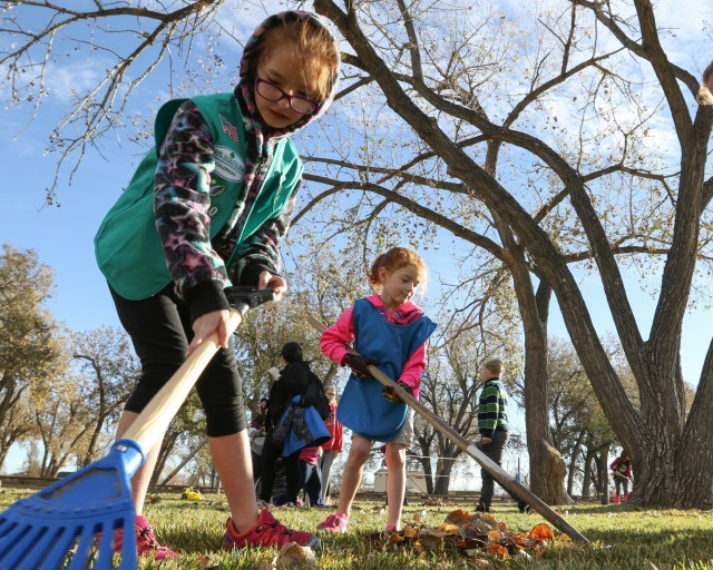 Labor of Love: Volunteers Make a Difference on Fort Carson