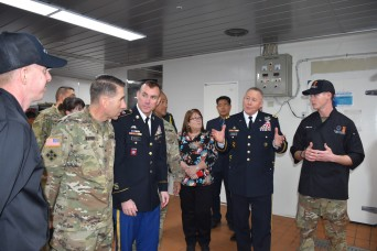 LTG Bills visits CTF Defender to serve Thanksgiving meals, recognize dining facility's official open